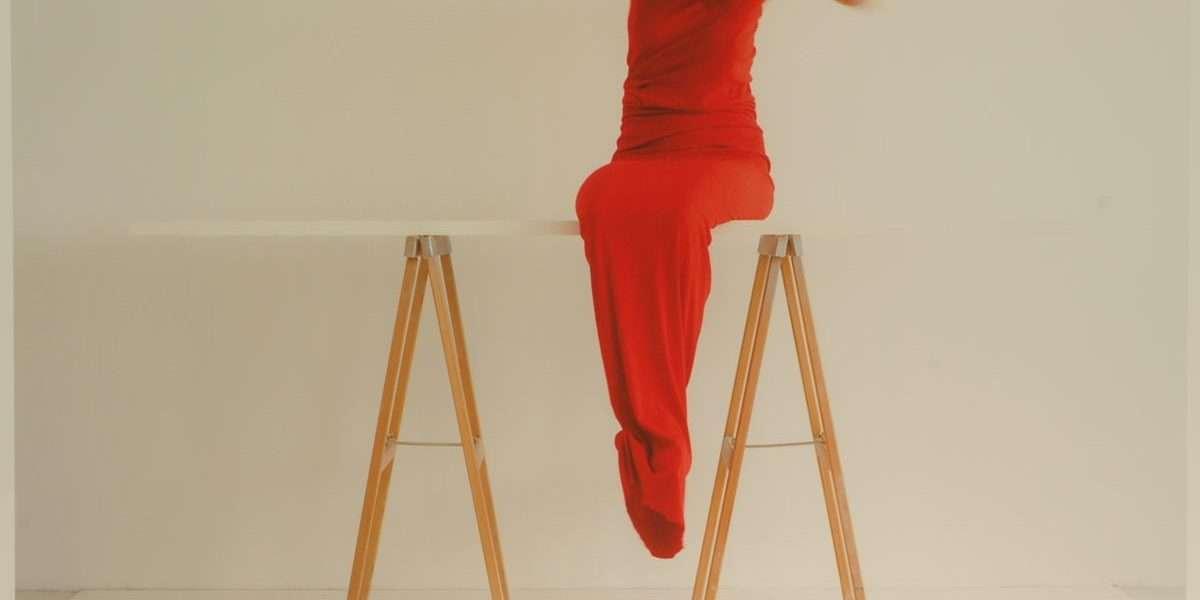 Sophia Kalkau - Red suite  -  Sophia Kalkau - 4691F