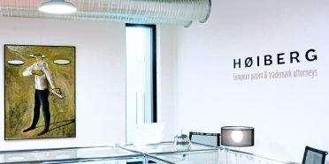 Hos HØIBERG